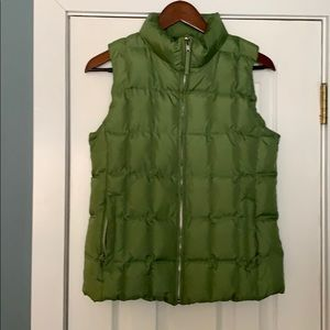 Gap down puff vest